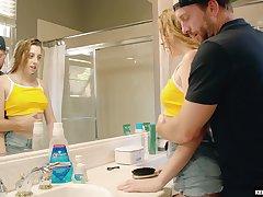 Stepdad fucks seductive adult stepdaughter taking a shower