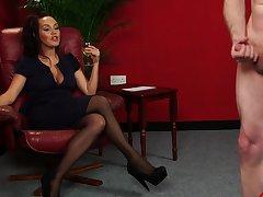 Pretty partition Zara Gold spreads her legs to help him cum