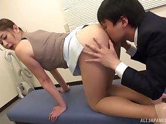Locker room misbehavior for face-sitting Asian Aoi Yurika