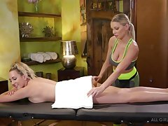 Attractive with an increment of sexy Brett Rossi is masseuse who loves chaffing pussy
