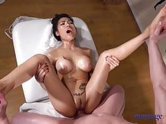 Massage Rooms Tiny Thai beauty Poopea oiled up fucked