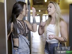 Sextractive chick Zoey Taylor puts on strapon added to fucks adorable lesbian make obsolete