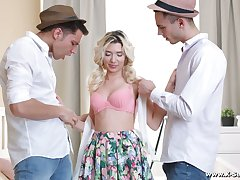 Blondie yon small ninnies Cornelia gets facial after double penetration