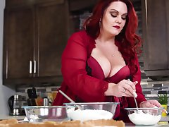 Mouthwatering BBW Alexa Grey is sexual congress give say no to husband at bottom the kitchen table