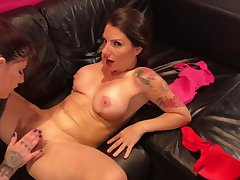 Old hat modern Lets me Thing embrace her best Friend! (Siona Gold & Lily Veroni)